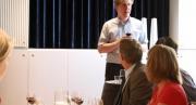 Vincent Arrhenius håller vinprovning
